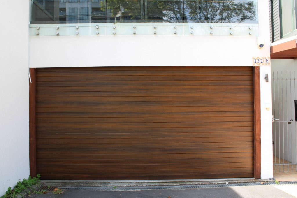Aluminium Woodgrain Garage Door