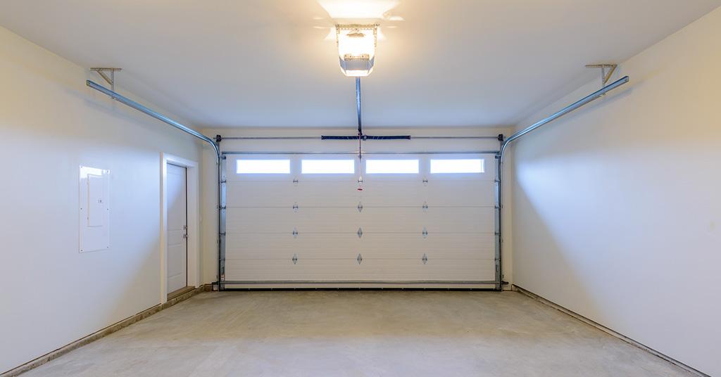 ACM-Backed Earthwool Insulated Garage Door